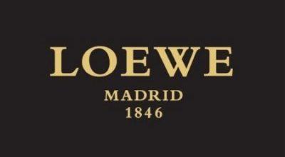 Loewe Logo Font